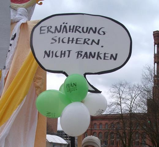 """Demo """"Wir zahlen nicht für eure Krise"""" 2009"""